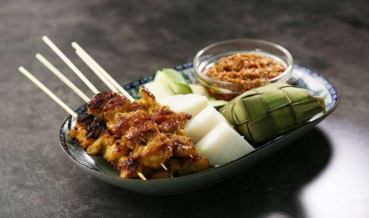 resep sate ayam, cara membuat sate ayam, sate ayam khas malaysia, kuliner khas malaysia, sate ayam saus wijen