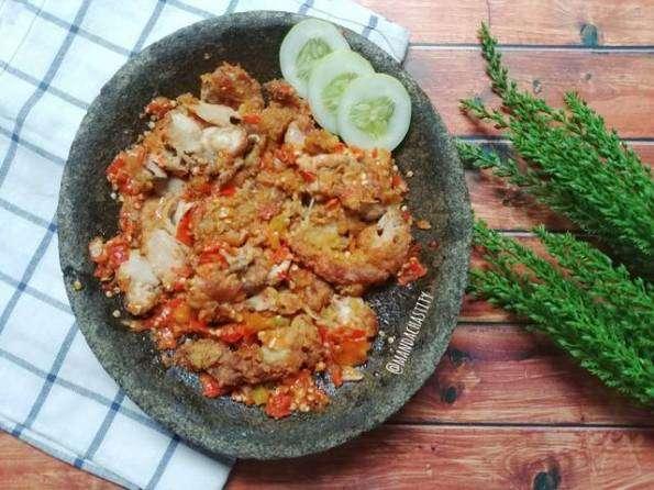 cara memasak ayam geprek, ayaoreng tepung, resep memasak praktis dan mudah