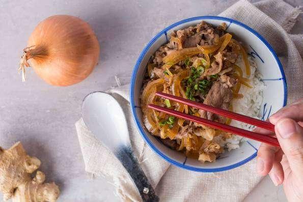 aneka resep praktis,cara memasak gyudon,rice bowl ala japan, rice bowl khas jepang